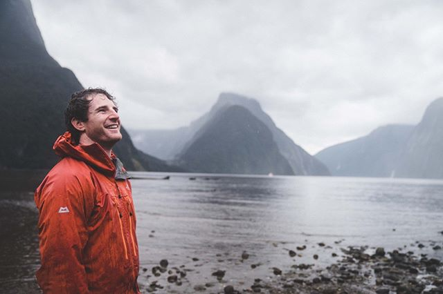 Just try to wipe the smile off your face in this place... we dare you. . . . . #lonemoosebackpackers #fiordland #mildfordsound