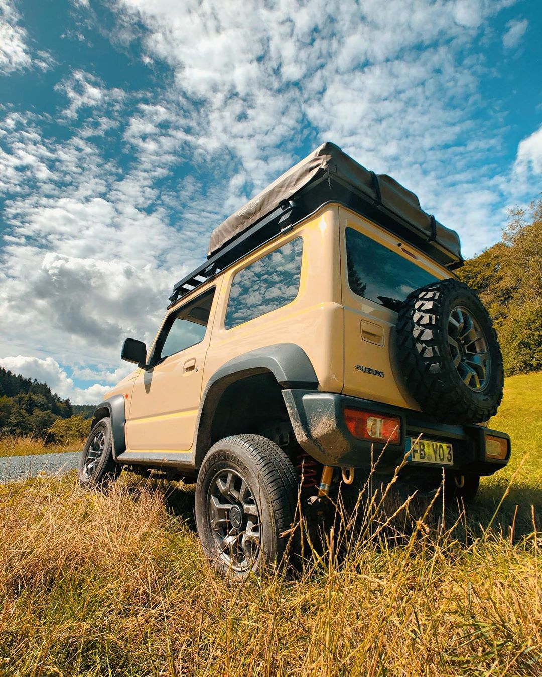 Suzuki Jimny – DIY Offroad Camper -