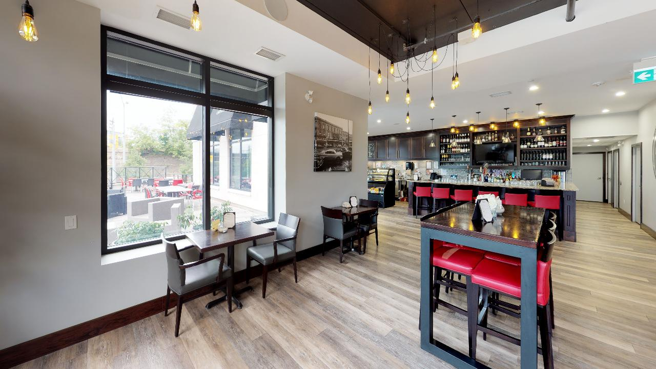 Robusta-Cafe-Lounge-160-Macdonell-Street-Unit-101B-Dining.jpg