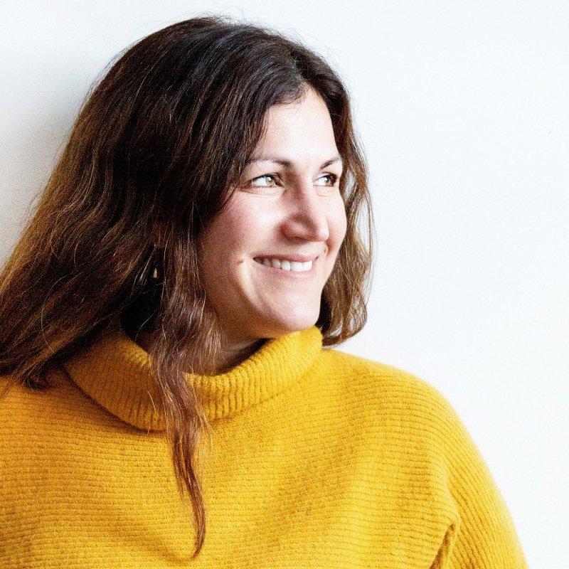 Elise Mendelle profile pic_ RS.jpg