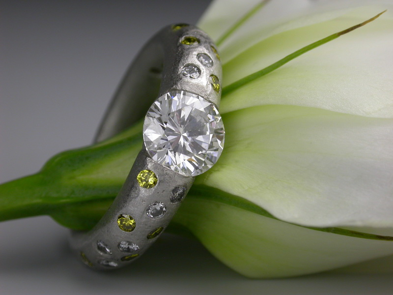 BRIDAL & ENGAGEMENT - Work with us to custom design the perfect ring for your partner. At Secrète Fine Jewelry every ring is unique, our process starts with you. Your ideas, inspirations and character meet our designer's creativity, talent and experience. Take a look at a tiny selection of what we've crafted in the past.