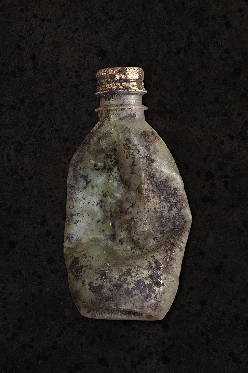 small_bottle_1200pxl.jpg
