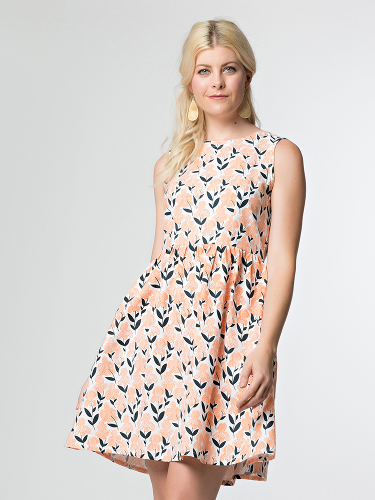 Mata-Dilly-Daisy-dress-peach-iris.jpg