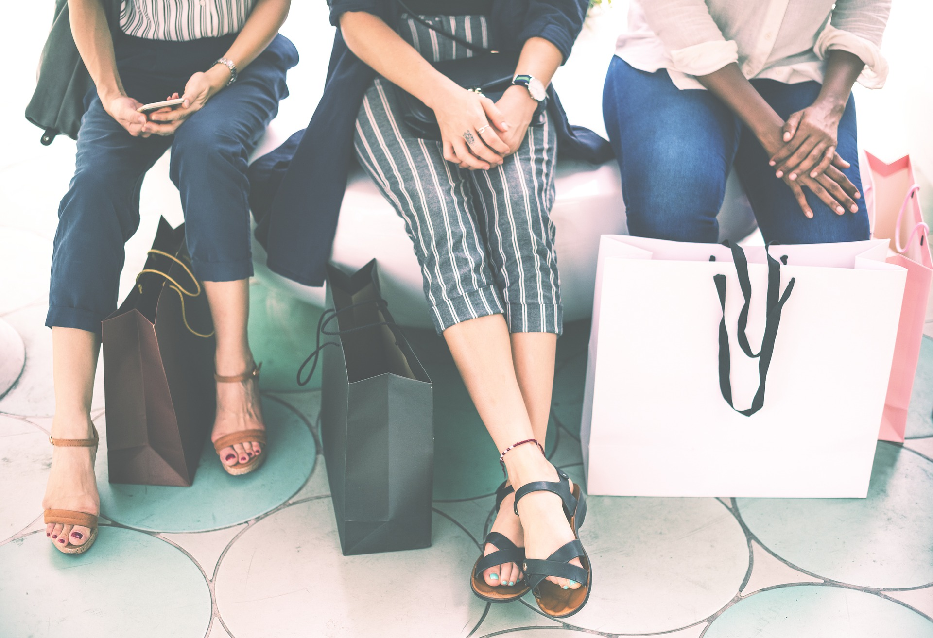 picture of shopping bags and womens' legs