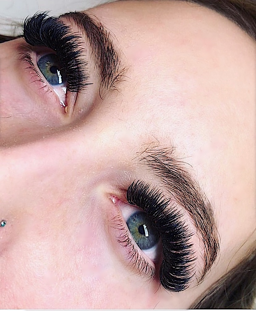 Fully Customizable Eyelash Extensions in a variety of colour, texture, and density.