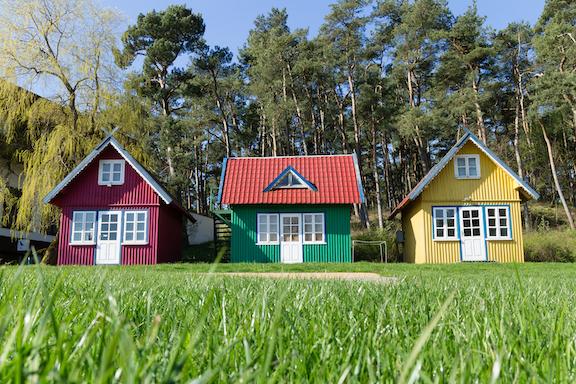 TINY HOUSE SHUTTERSTOCK copy.jpg