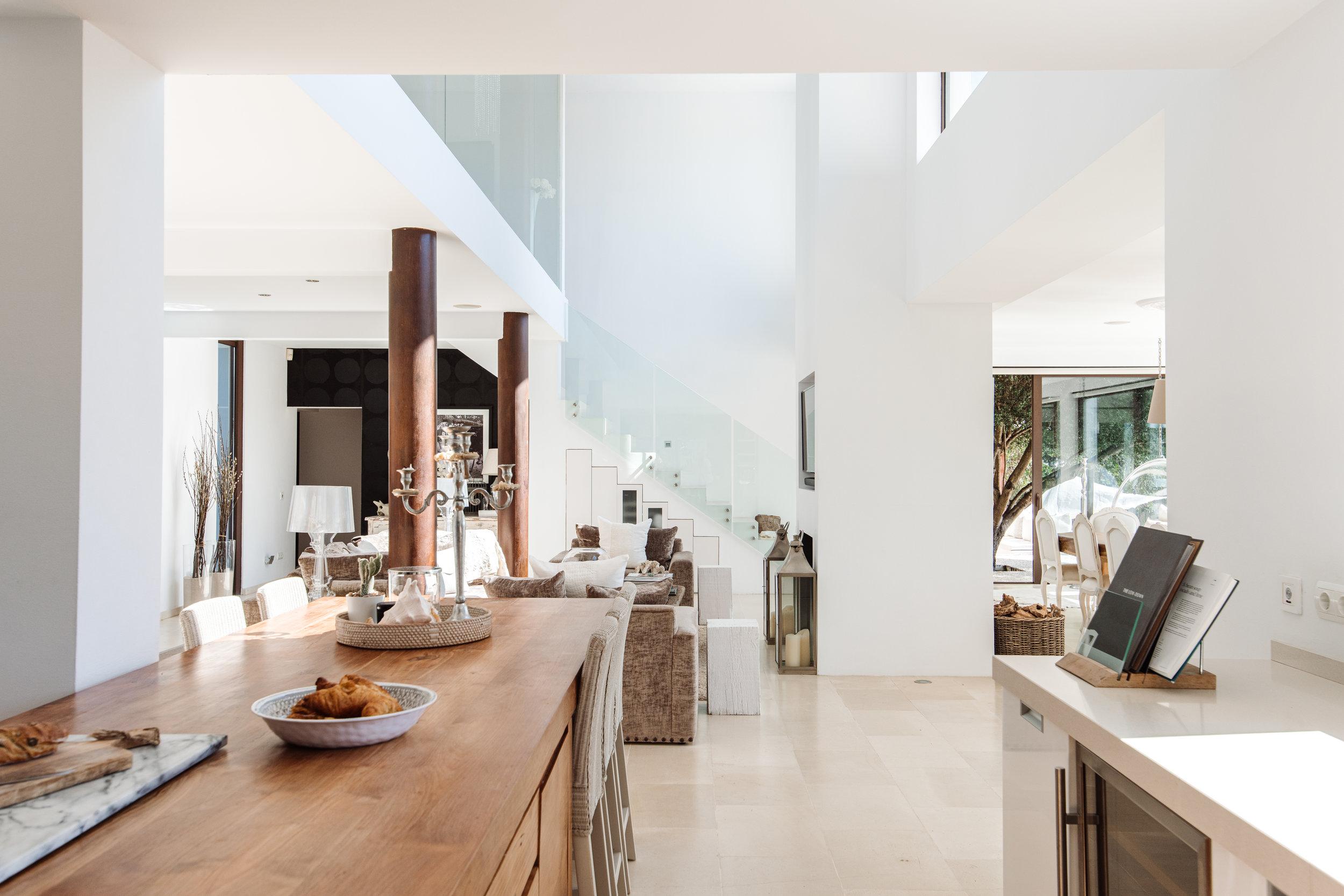 Kitchen:living.jpg