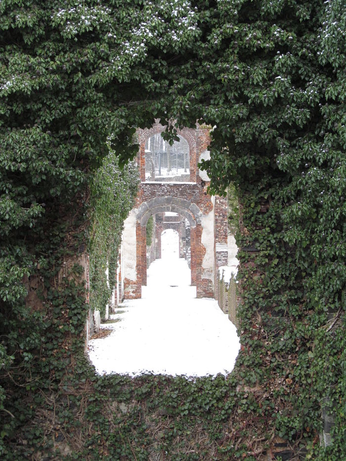 Abbaye-de-Villers-Belgium.jpg