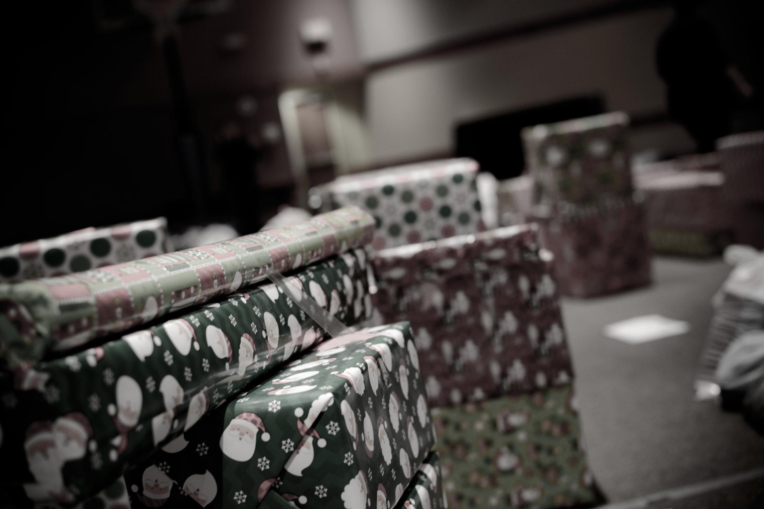 SECOR Christmas Outreach-5055-2.jpg