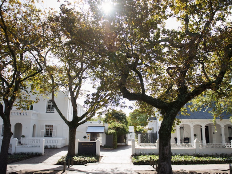 A gloriously romantic setting in the heart of historic Stellenbosch. - Housed in two adjacent manor houses and set in a landscaped garden on the banks of the Eerste River, we offer discerning travellers an unforgettable experience with direct access to cultural experiences, breath-taking scenery and outdoor activities.