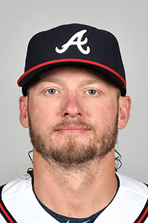 """""""Literally anyone on this app can feel like a football insider because of the super-fast notifications and the great fantasy community always with top-notch advice.""""— Josh Donaldson -"""