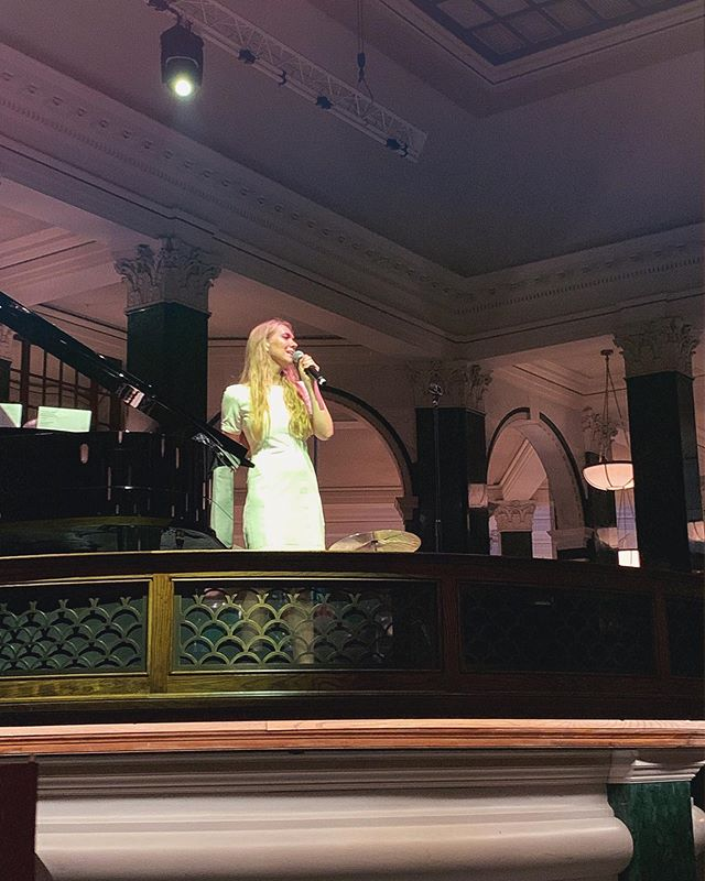 Yesterday at @thenedlondon . . . #Singer #Singersongwriter #Musiclover #Musician #Londonnights #Livemusic #Countrymusic #BethSherburn #TheNed #Lights #Stage #Nicklestage