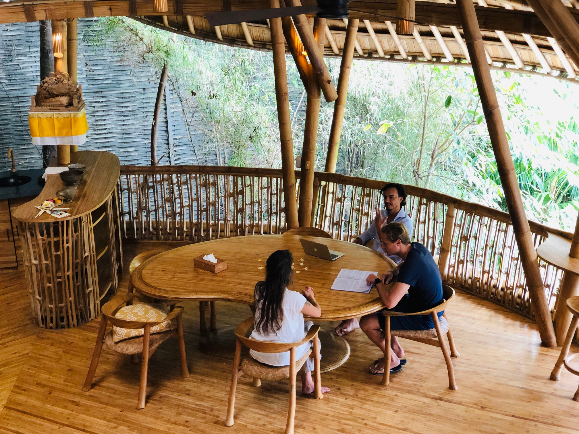Workshops in the jungle - Recently we have done a number of strategy workshops on Bali. Speaking of getting out of the office! We reinvented brands, we crafted business models, we worked on prototypes and had sh*tloads of fun. Reach out if you want to know more. 🌴🌴