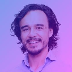Dennis Roelofsen / Founder & Strategy Director