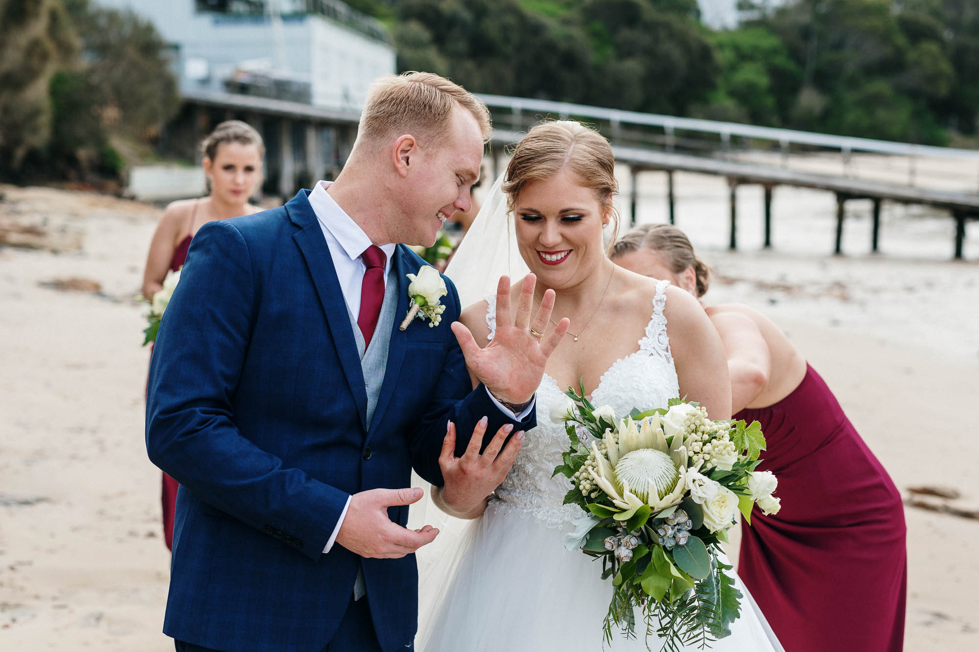 lachlan-scallion-alana-andrew-melbourne-mornington-peninsula-merricksgeneralwinestore-relaxed-candid-wedding-photography-341.jpg