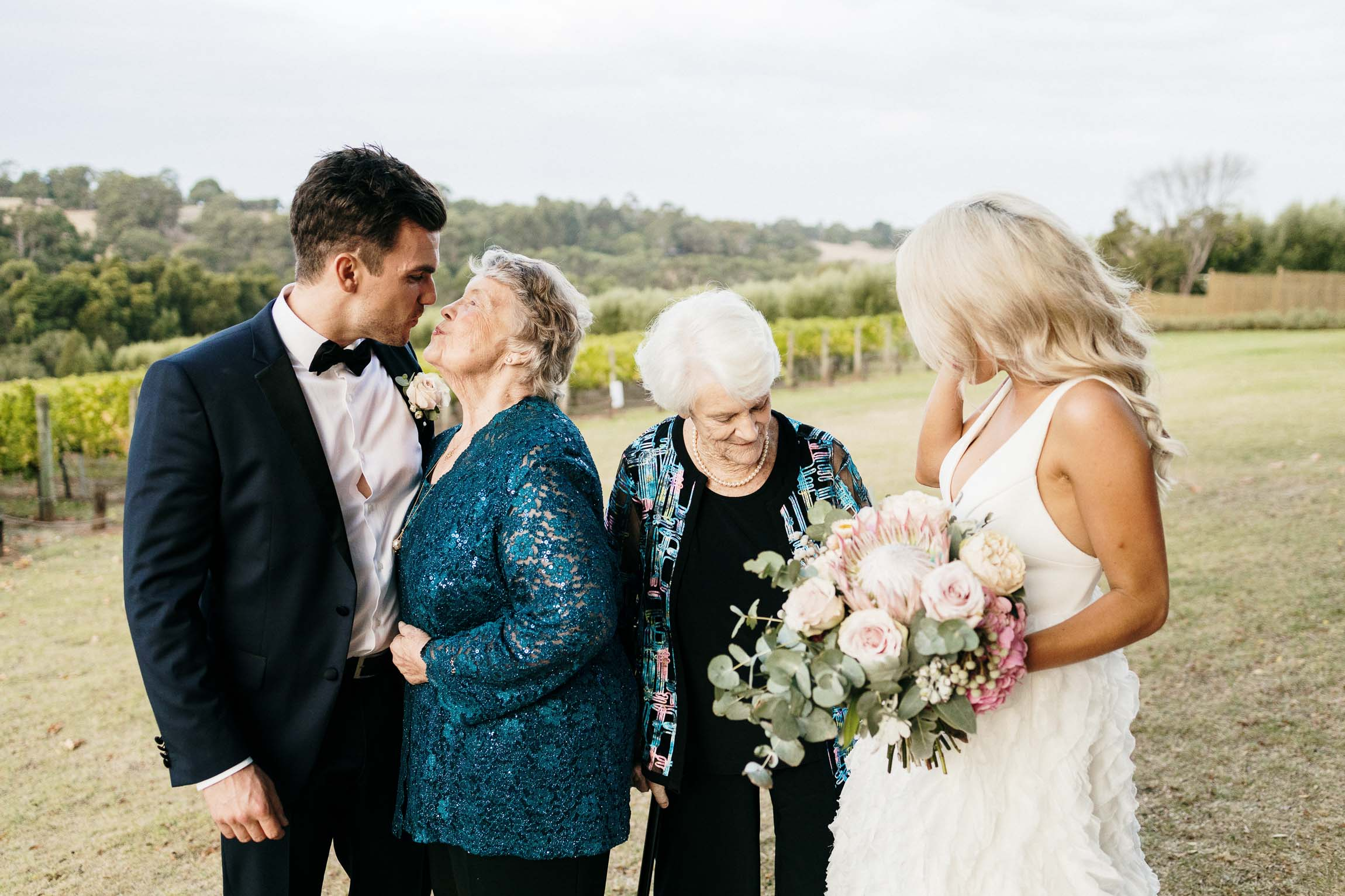 lachlan-scallion-melbourne-victoria-austrlia-mornington-peninsula-candid-relaxed-natural-chilled-wedding-photographyemma-will-tucks-wine-314.jpg