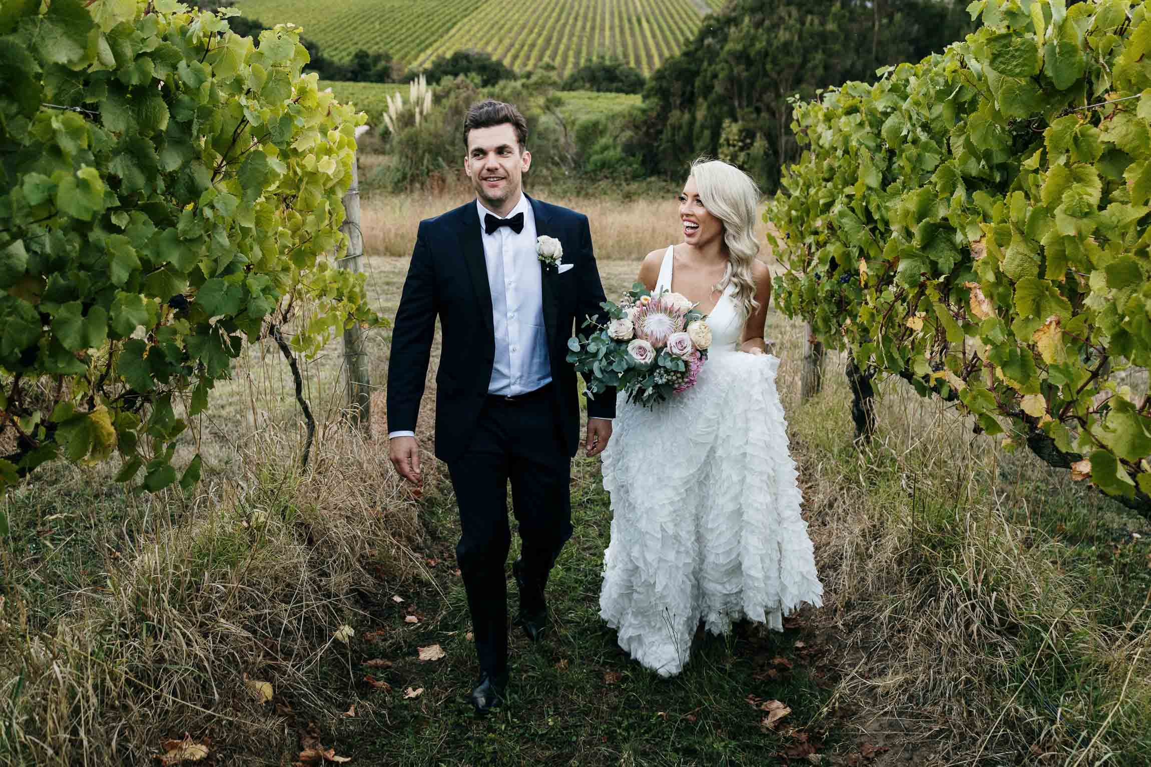 lachlan-scallion-melbourne-victoria-austrlia-mornington-peninsula-candid-relaxed-natural-chilled-wedding-photographyemma-will-tucks-wine-348.jpg