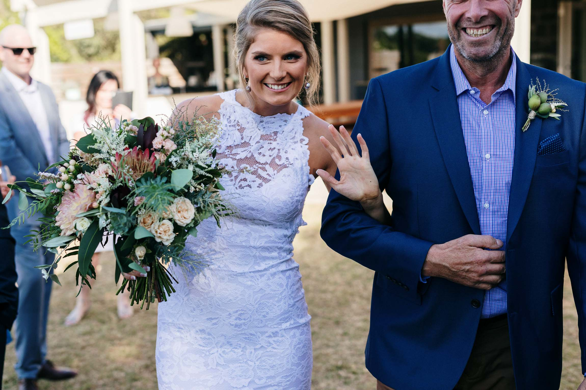 lachlan-scallion-melbourne-victoria-austrlia-mornington-peninsula-candid-relaxed-natural-chilled-wedding-photographyglasshaus-richmond-293.jpg