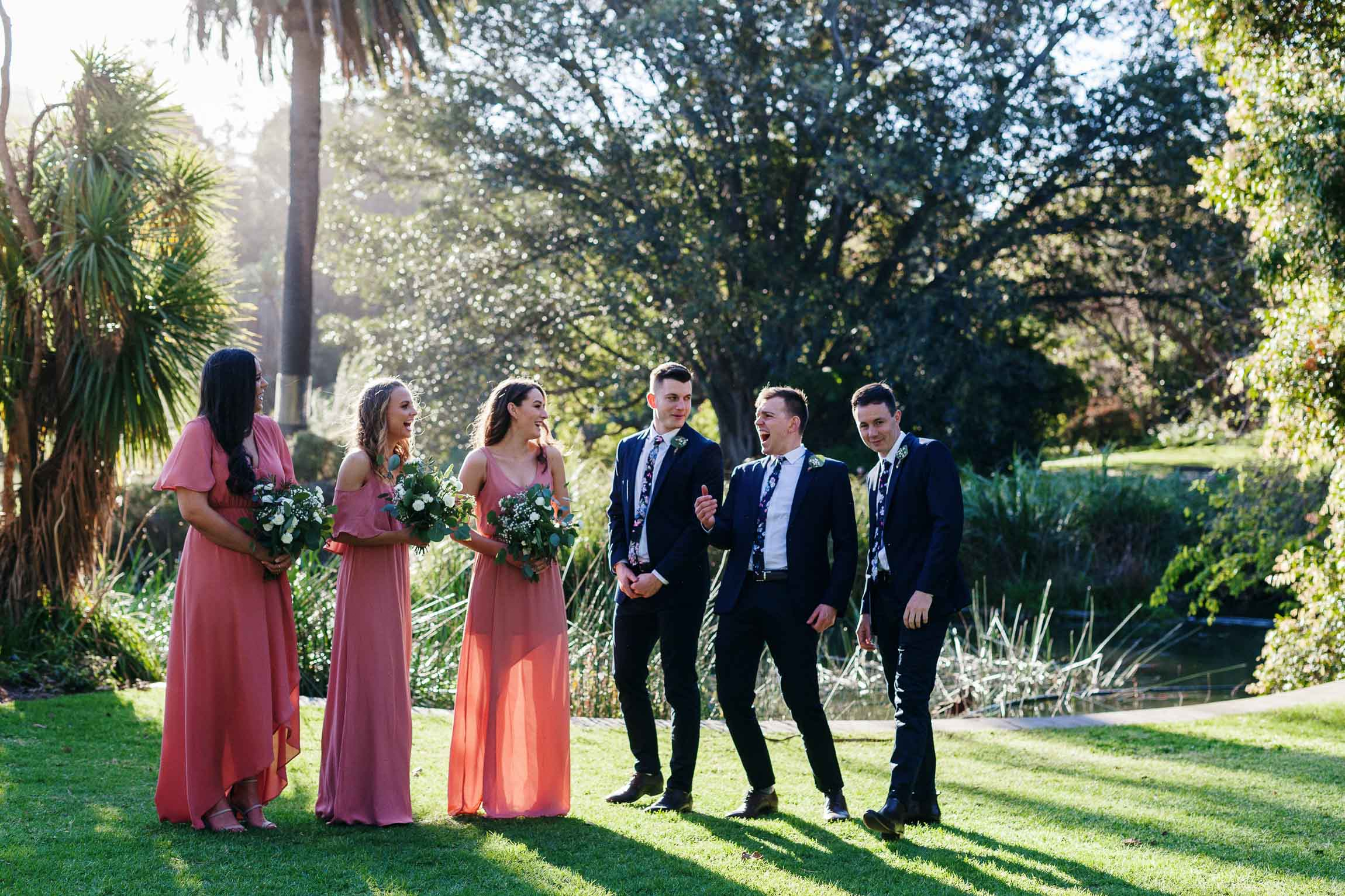 lachlan-scallion-melbourne-victoria-austrlia-mornington-peninsula-candid-relaxed-natural-chilled-wedding-photographyglasshaus-richmond-428.jpg