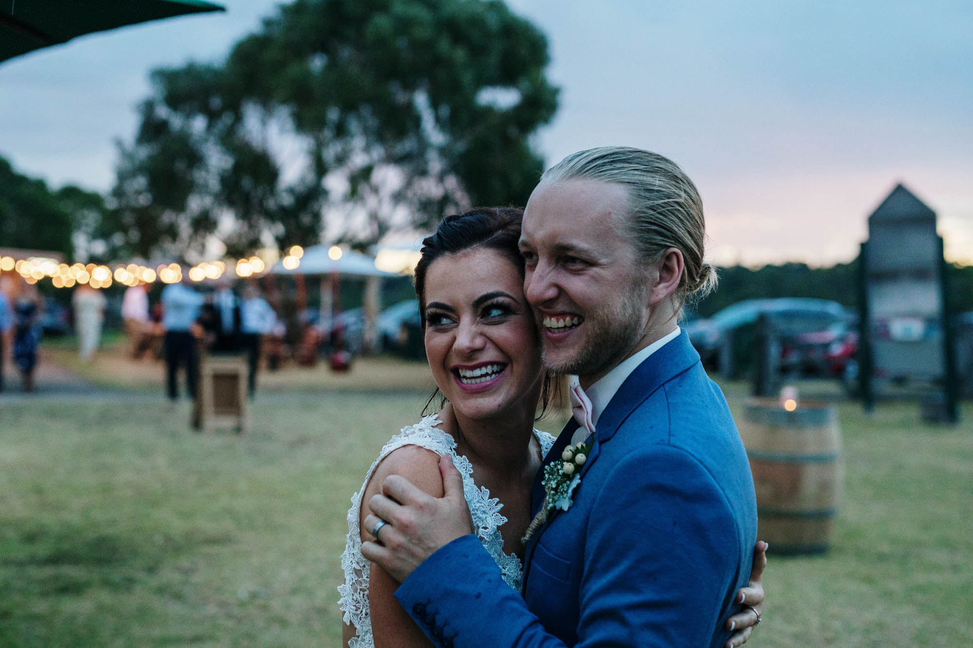 candid-weddinng-photography-melbounre-mornington-peninsula-really-good-weddings-bride-groom360.jpg
