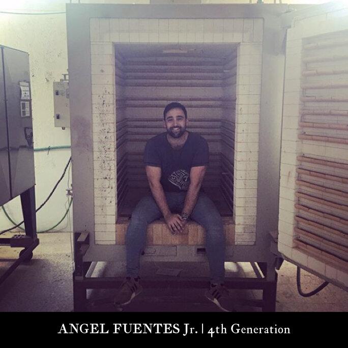 4th Generation |  ANGEL FUENTES SANCHEZ - PALENCIA  Workshop & Store Manager Ceramicas Sevilla 1952