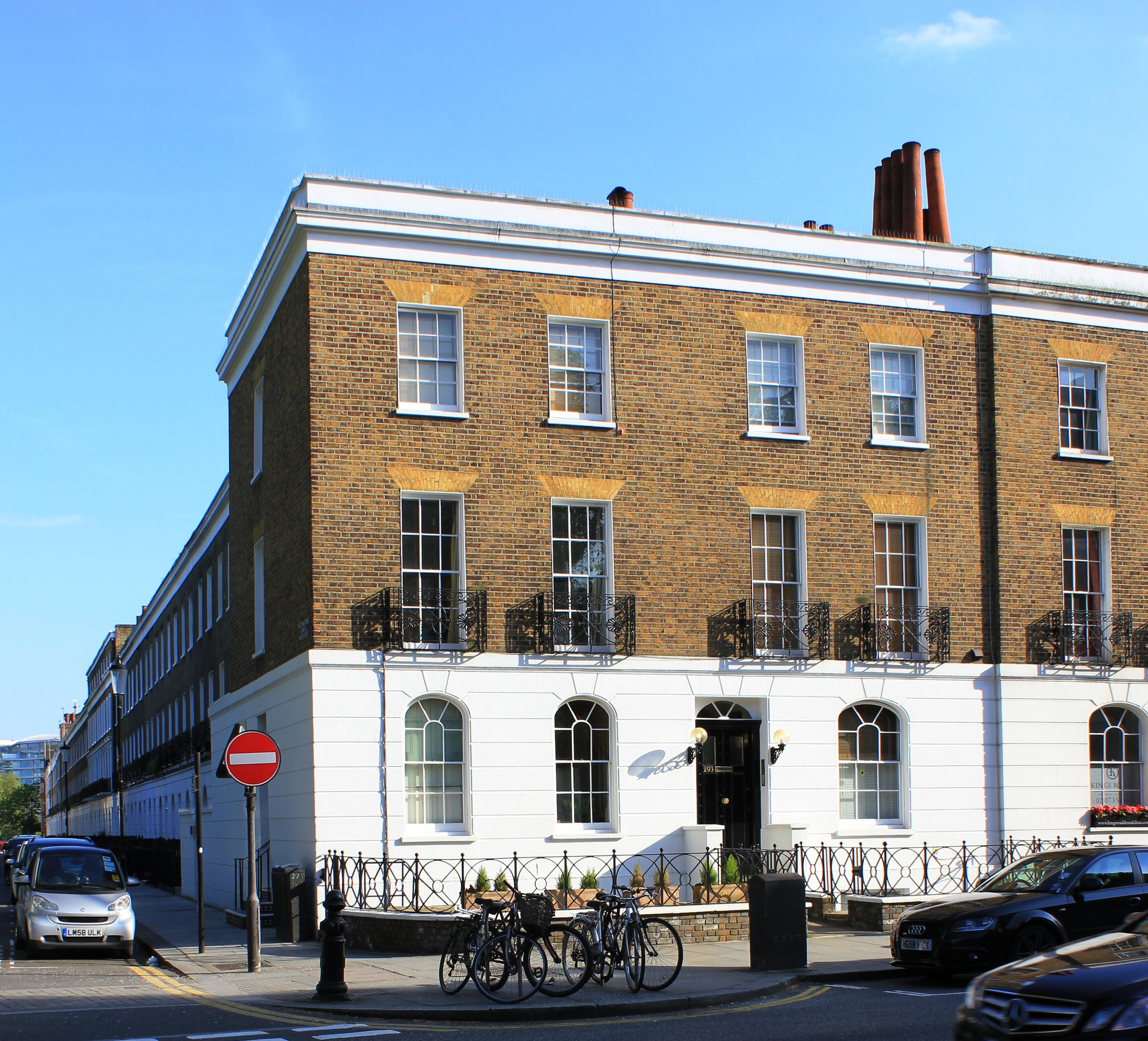 Grade II listed converted town house in Chelsea