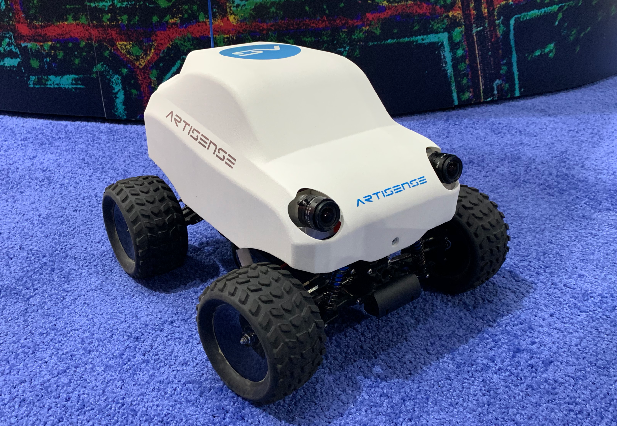 Mobile Robotics - Robust localization for mobile robots traversing outdoor, indoor or both environments. Artisense VINS meets the requirements towards small form factor, low compute and low TCO for mobile robotic applications in e.g. warehouses and manufacturing or delivery applications.