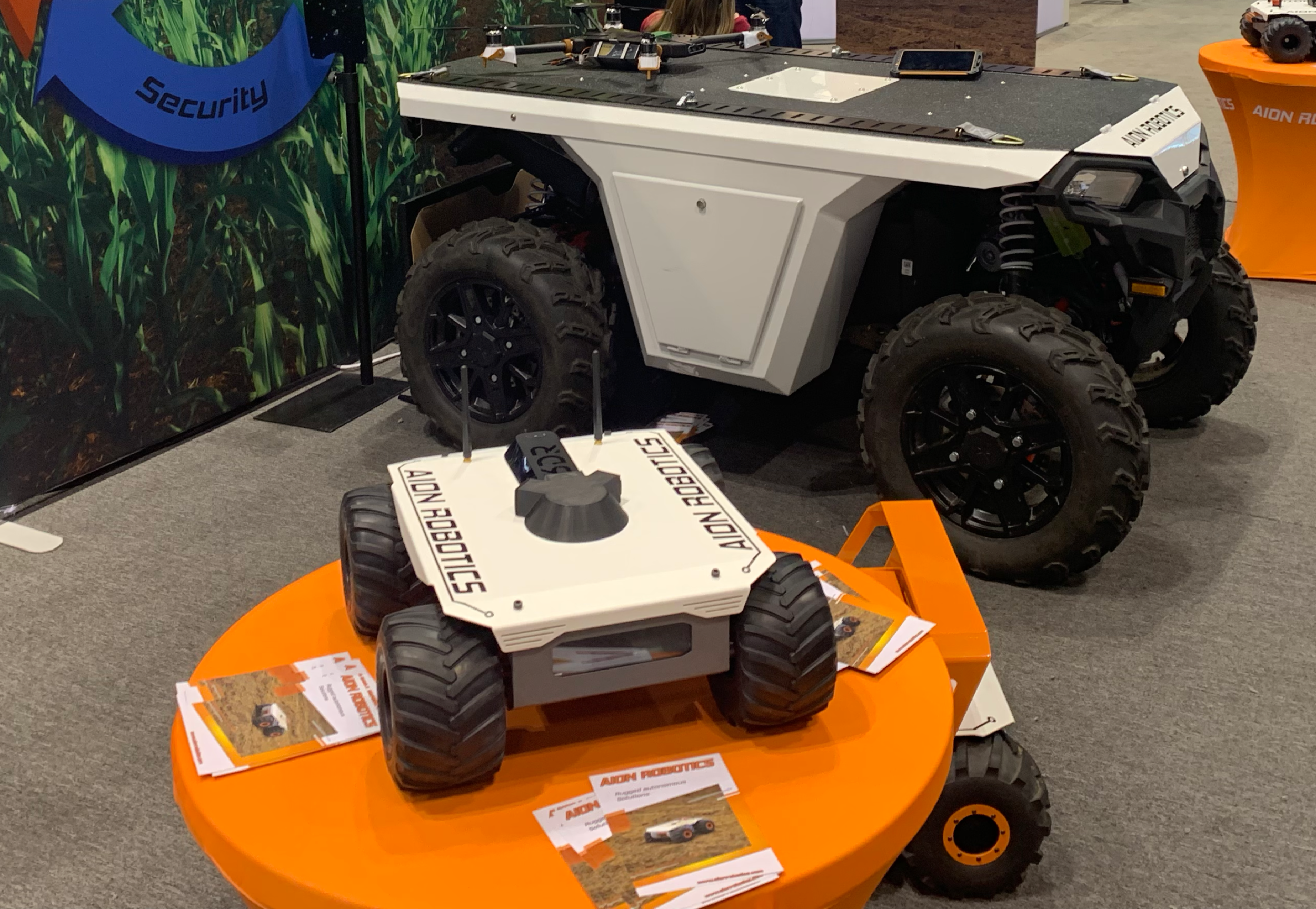 "Automated Guided Vehicle - Early use of autonomous technology is found in so called AGVs, which travel along pre-defined trajectories in geofenced areas. Moving along such ""virtual rails"" and understanding the environment is enabled by Artisense VINS far more robustly than with high-end INS."