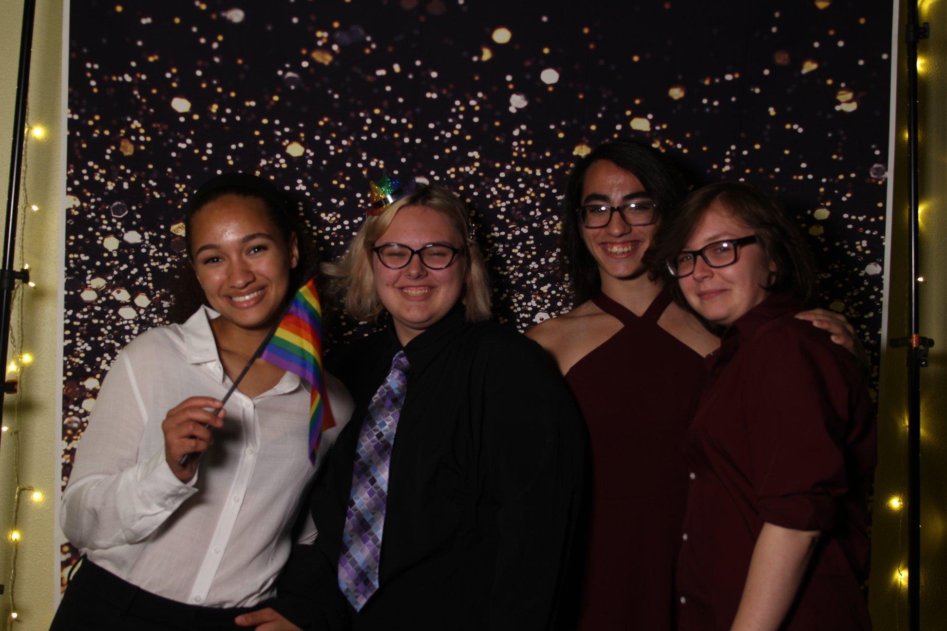 queer prom 2019.jpg