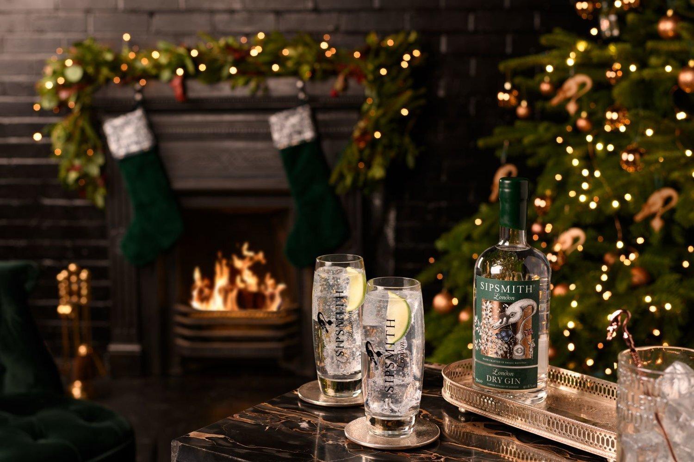 Classic-GT-Sipsmith-London-Dry-Gin-Christmas-2018-HR-optimised.jpg