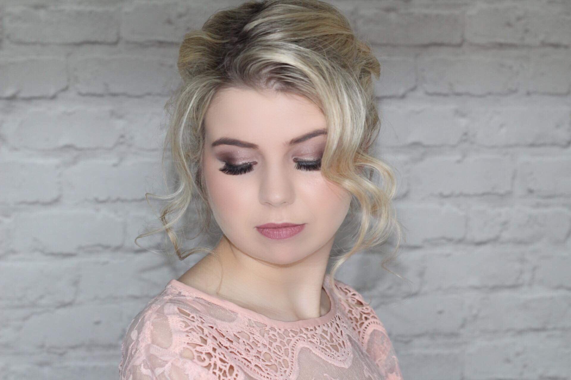Prom makeup MUA essex london makeup artist occasion
