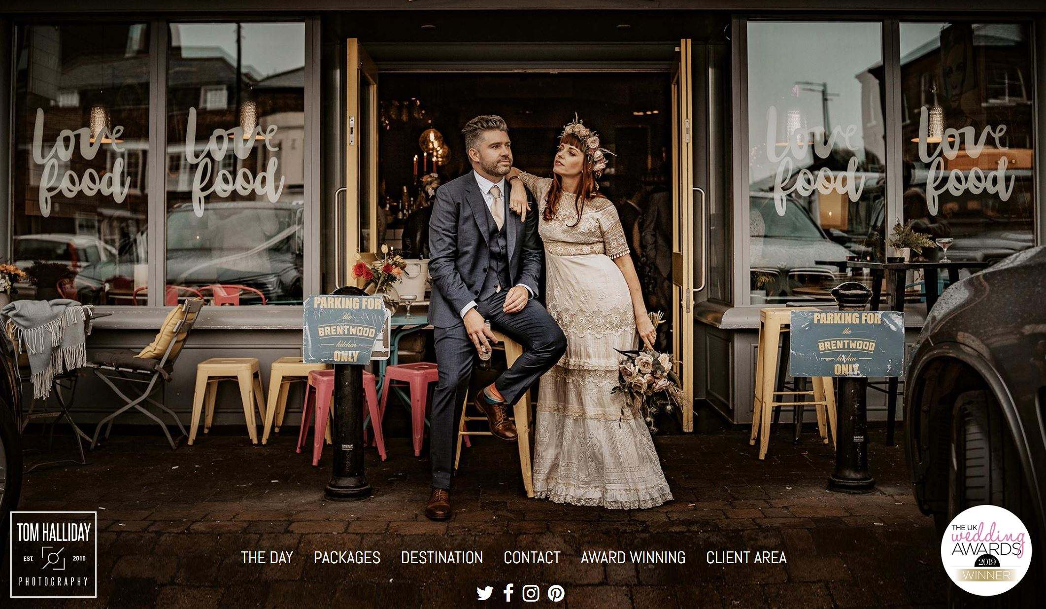 Tom Halliday Photography - Award recognised photographer Tom Halliday is one of my favourite photographers to work with in Essex. Capturing beautiful images for couples on their day he really is my top pick.