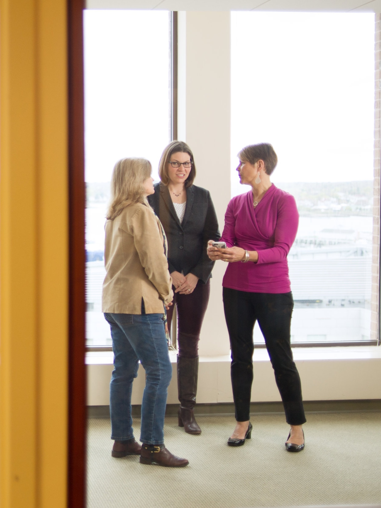 Our Mission - Women Standing Together is a community that comes together to support and accelerate the advancement of women as entrepreneurs and leaders.Learn More