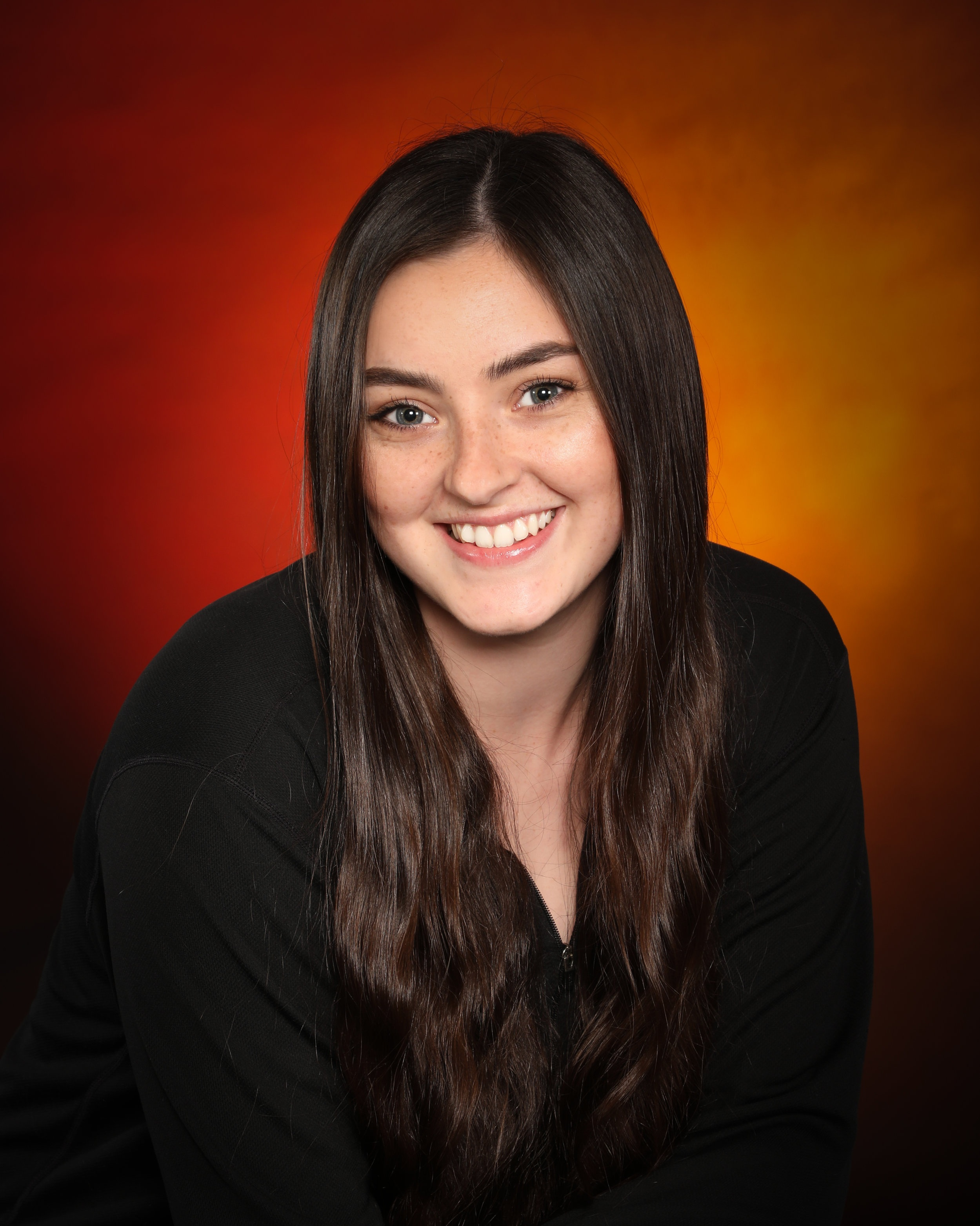 Alaina McKinnon - Acrobatics, Ballet, Jazz & Lyrical Instructor