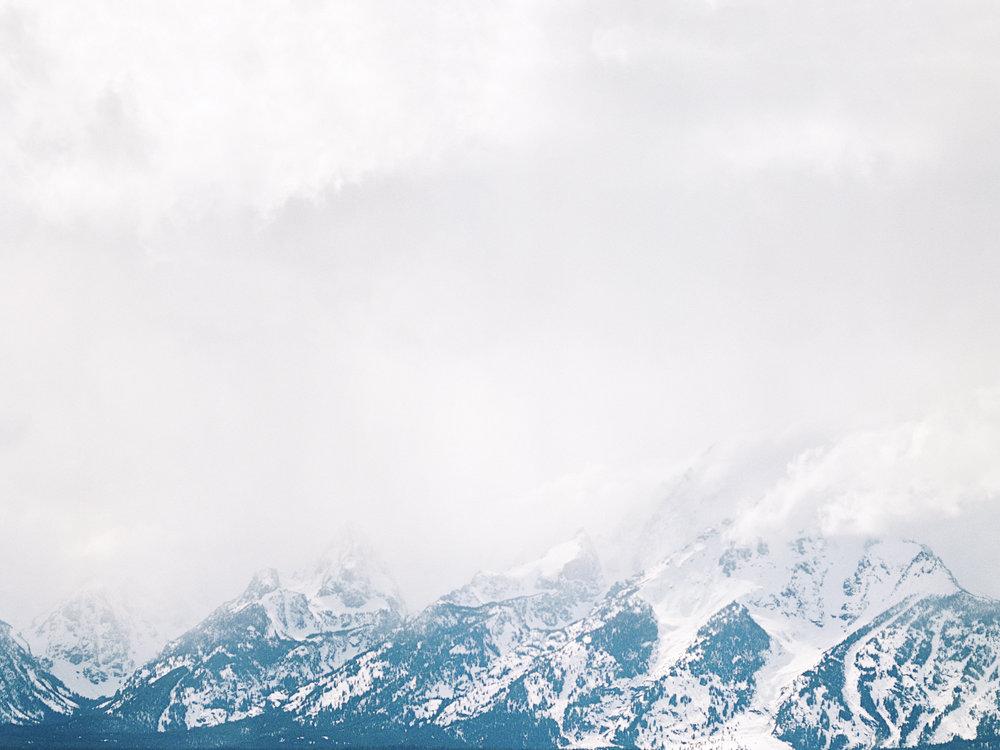 wyoming_mountains.jpeg