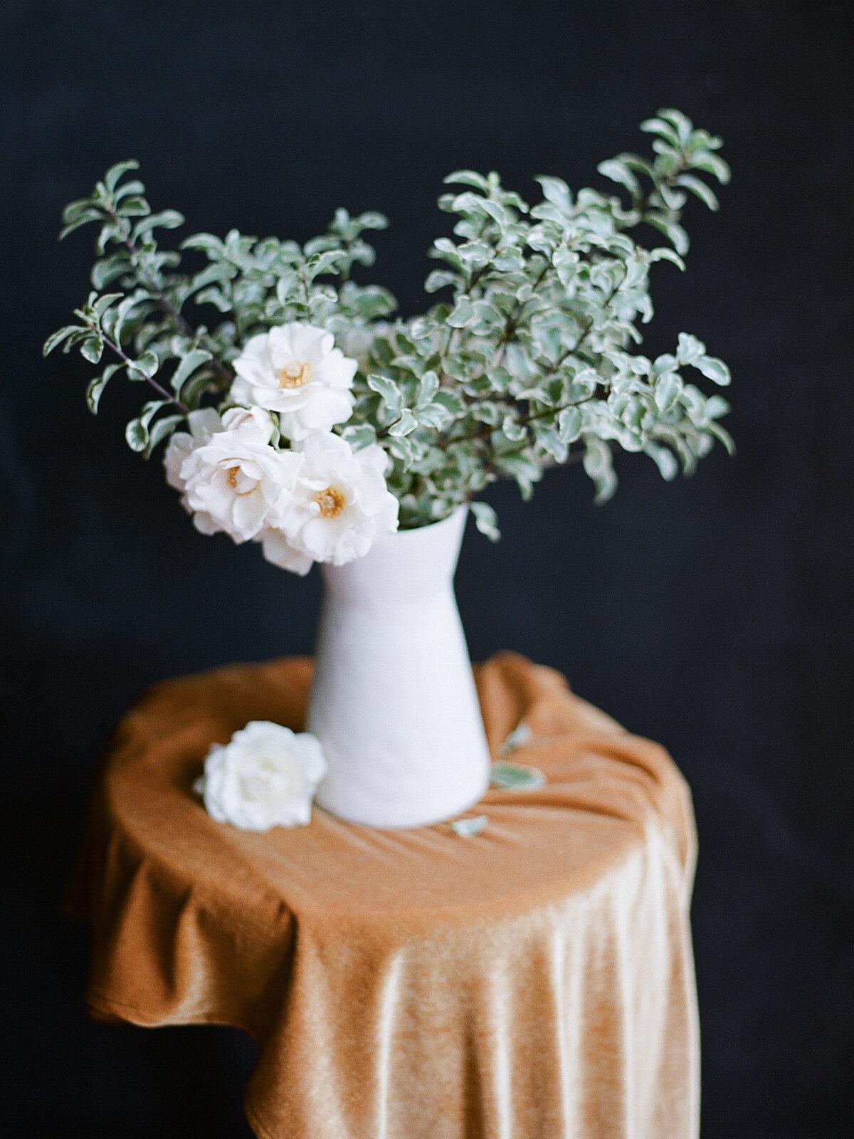 radostina_boseva_velvet_love_flowers.jpg