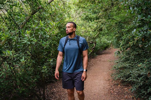With spending so much time in a dark spin room or the concrete jungle, hiking is a great way for me to disconnect (mainly bc there's no service in the canyon 😂). #whyihike @eddiebauer #liveyouradventure #ebcontributor