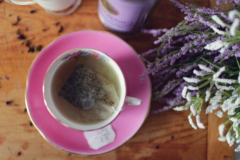 alternative-aroma-aromatherapy-341514.jpg