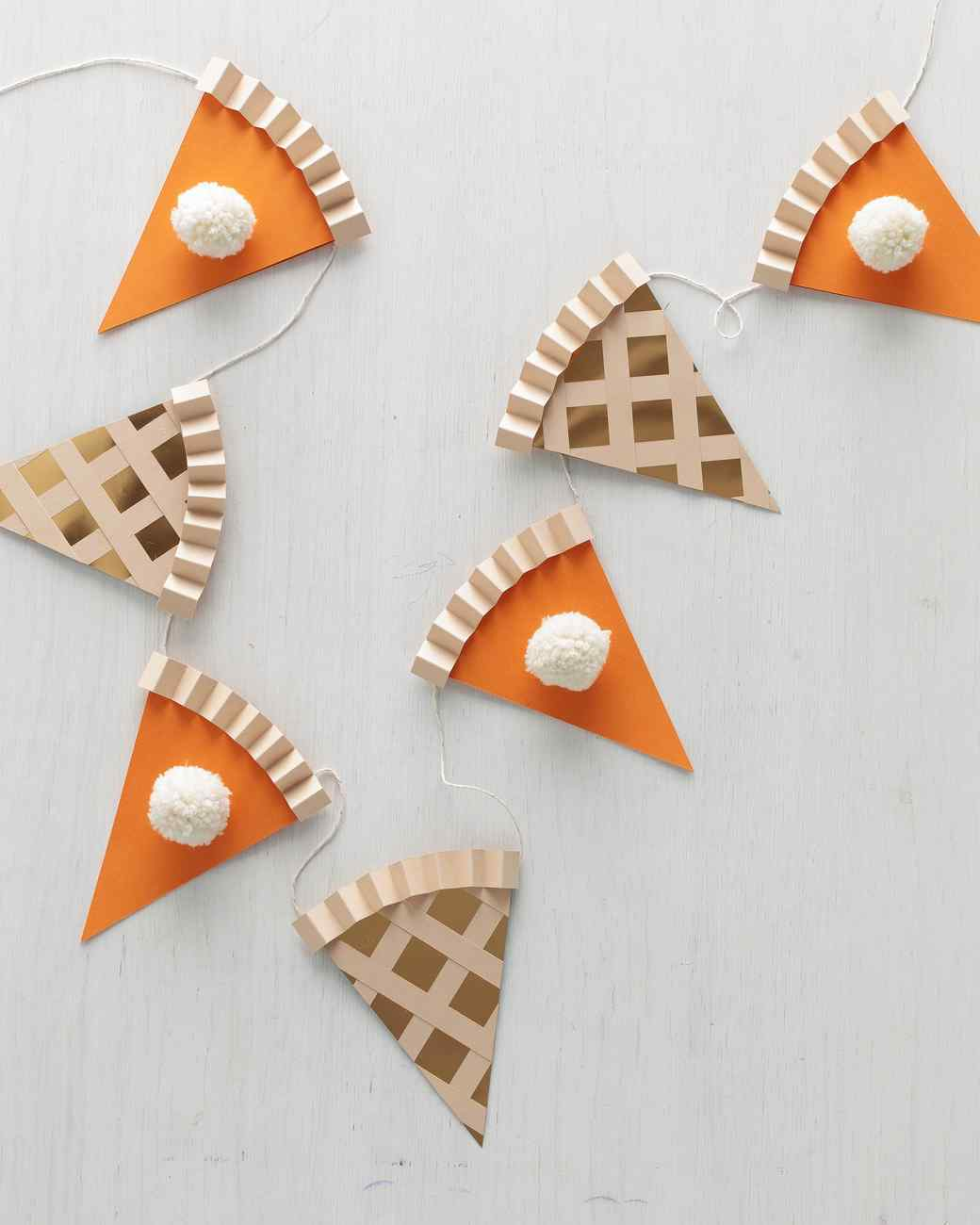 pumpkin-pie-garland.jpg