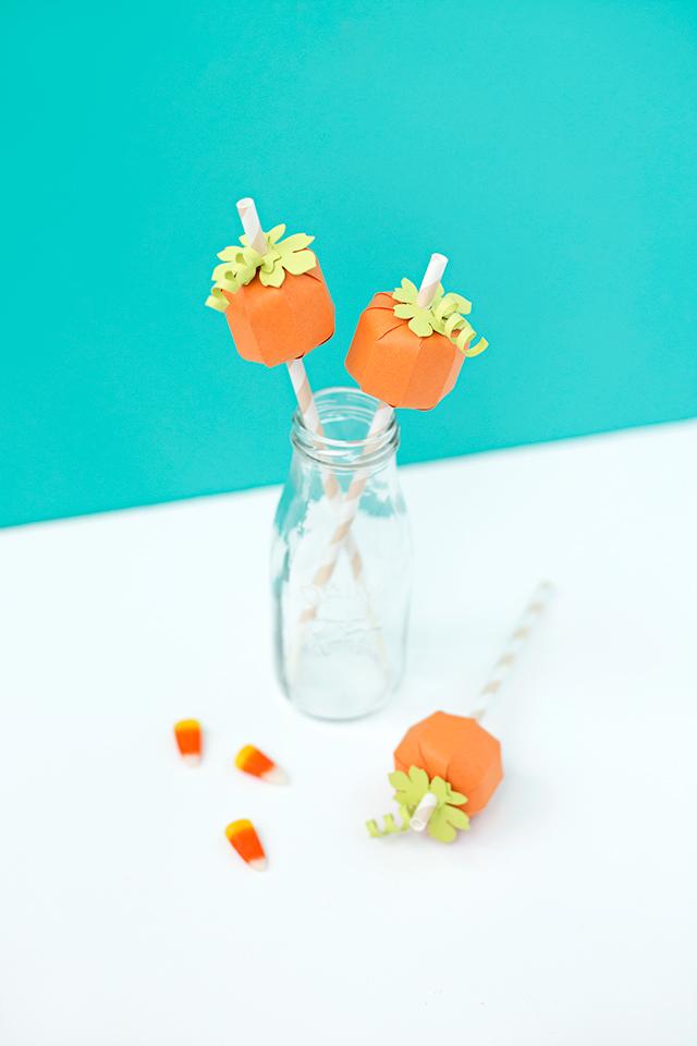 pumpkin-straws.jpg