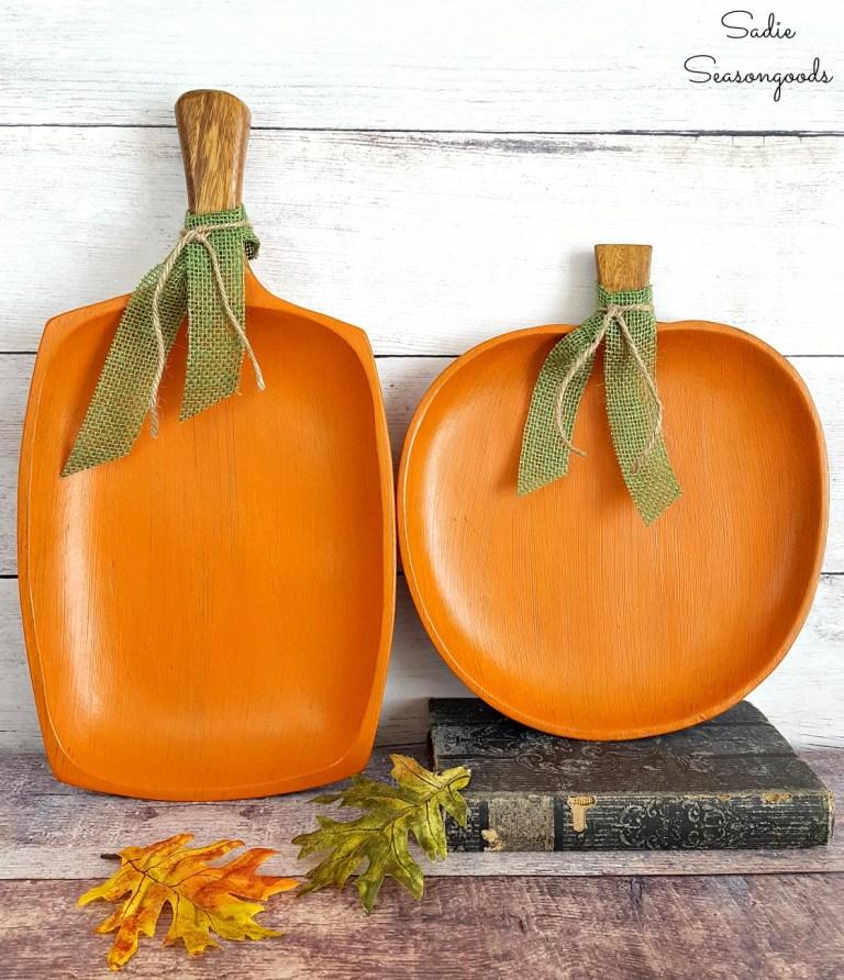 wood-pumpkin-trays.jpg