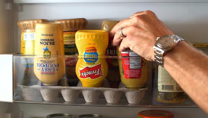 egg-carton-condiment-fridge-organization.jpg