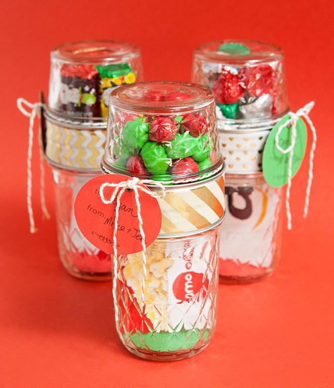gift-card-candy-holder-mason-jar-christmas-gift-diy.jpg