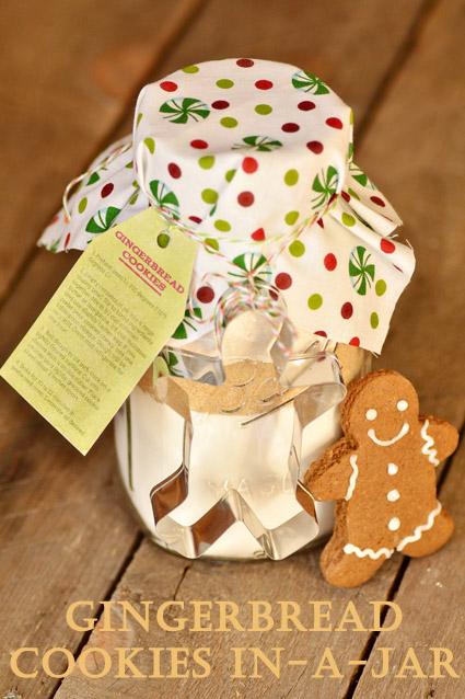 gingerbread-cookie-mix-mason-jar-christmas-gift-diy.jpg