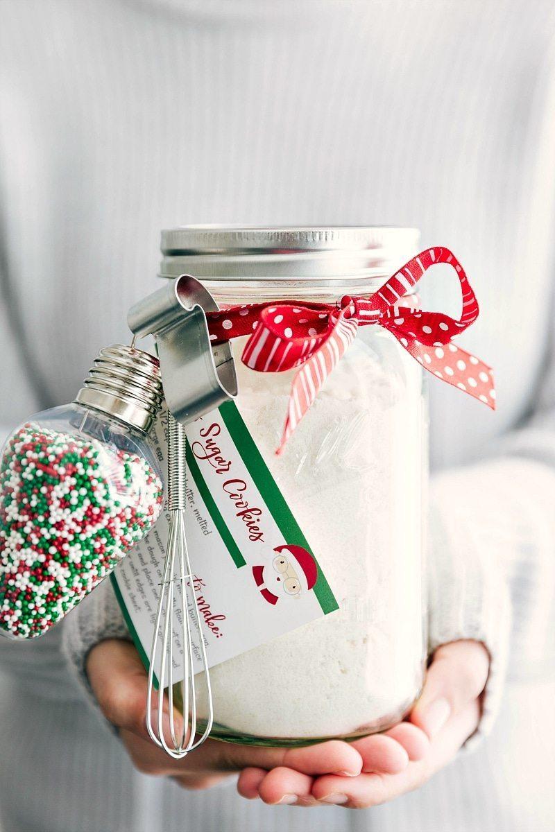 sugar-cookie-mix-mason-jar-christmas-gift-diy.jpg