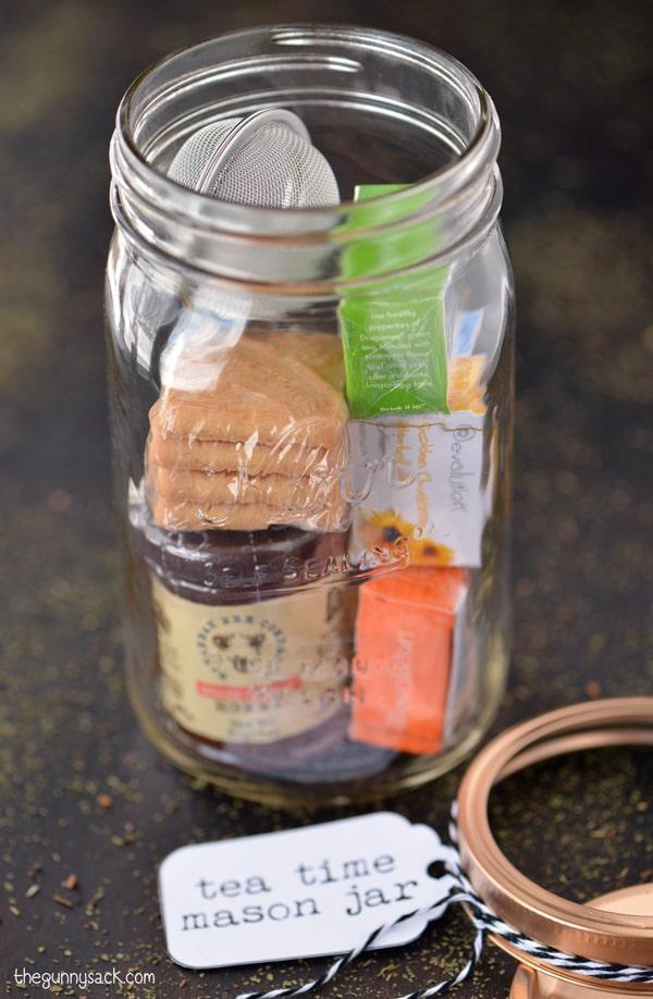tea-time-mason-jar-christmas-gift-diy.jpg