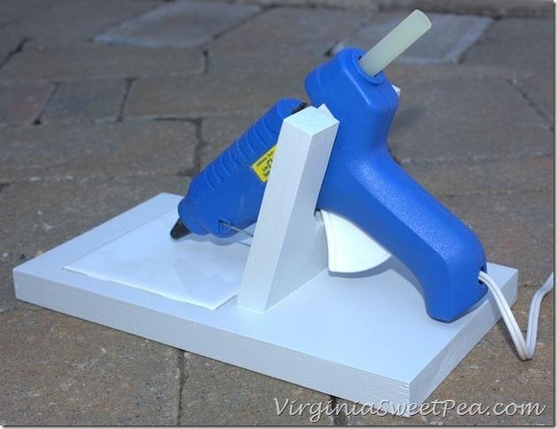 DIY-Glue-Gun-Holder-from-the-back_thumb.jpg