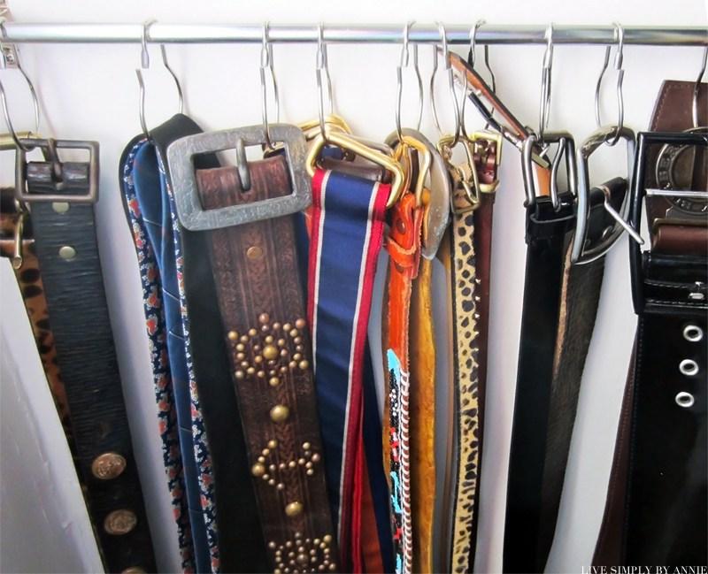 belt-hanger-dollar-store-organization.jpg