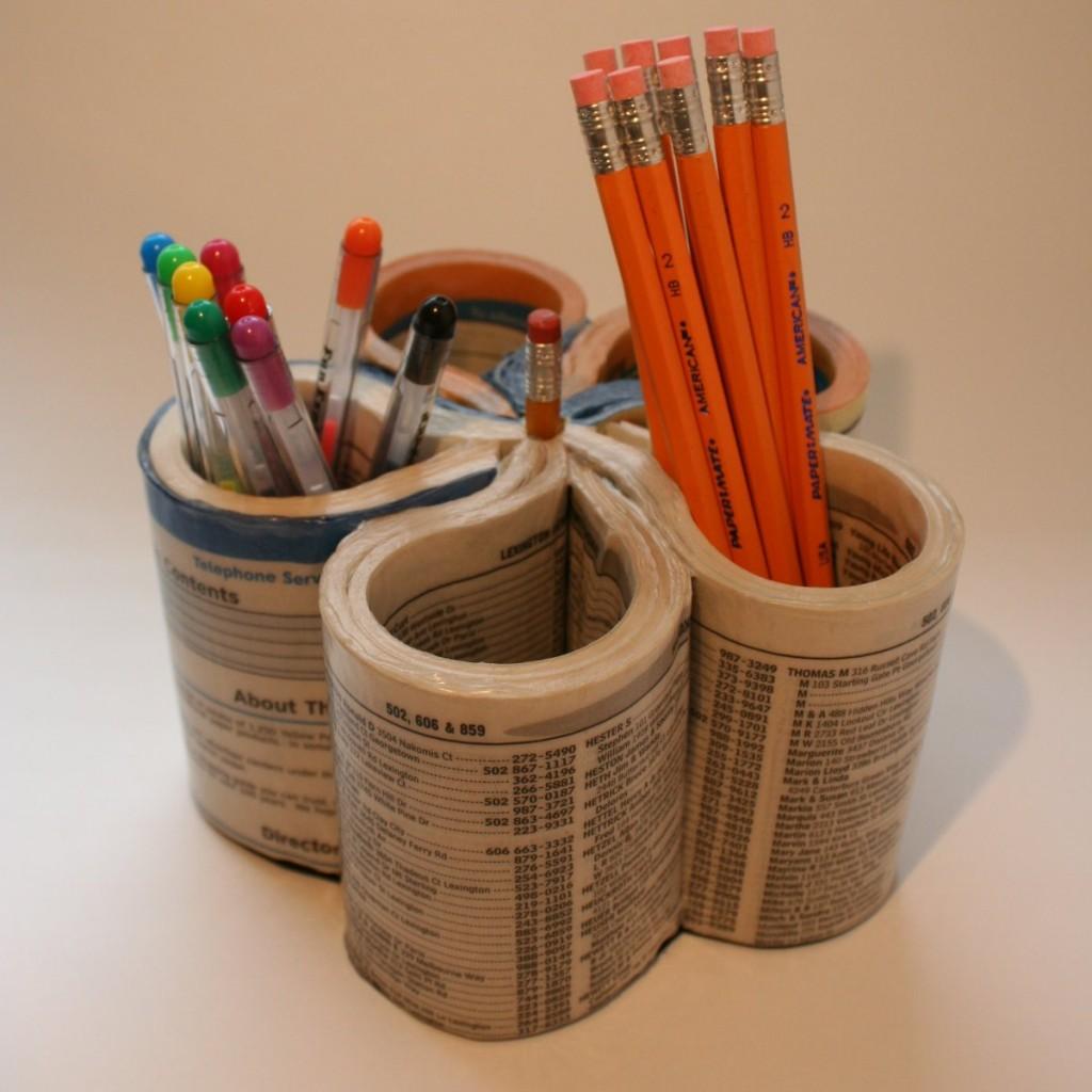 phone-book-pen-organizer-upcycled-storage-hacks.jpg