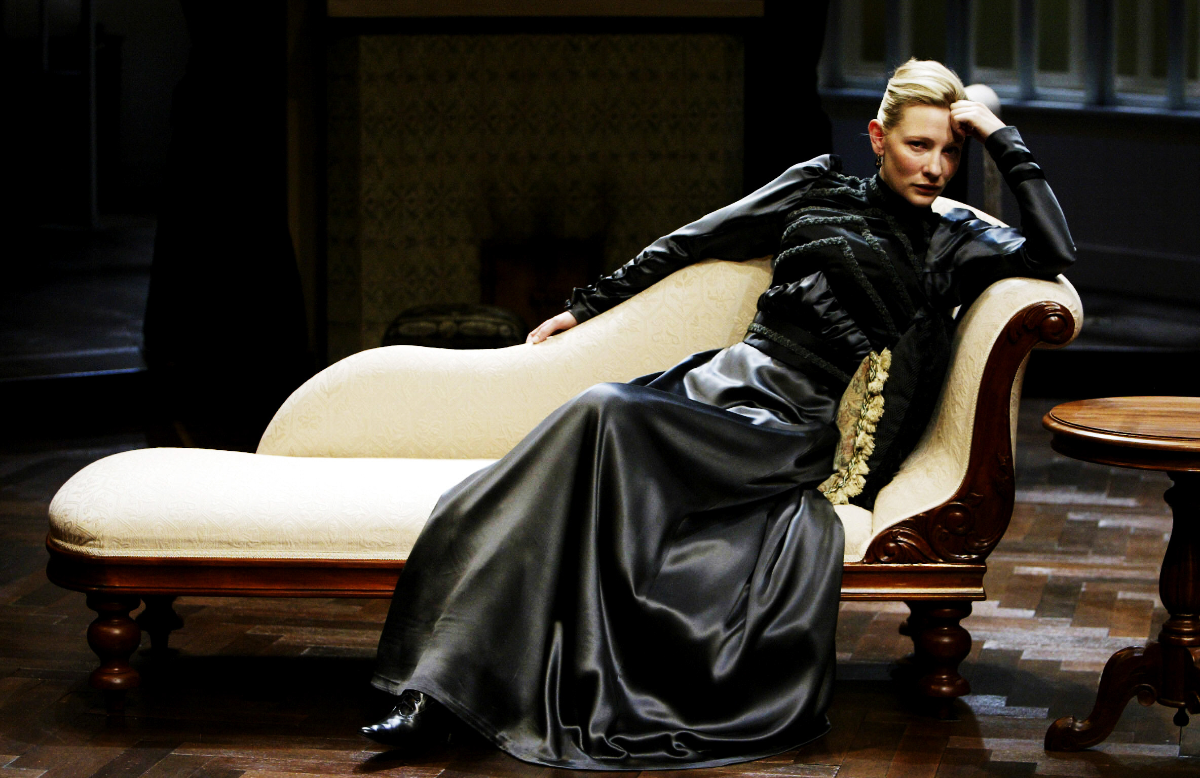 Cate Blanchett, Hedda Gabler.jpg